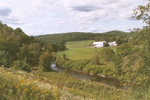 View of Wells River and farm from the western side of the I-91 underpass (photo by Webmaster)