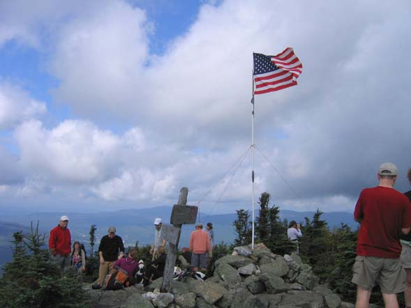 Flag on Mount Jackson (photo by Mark Malnati)