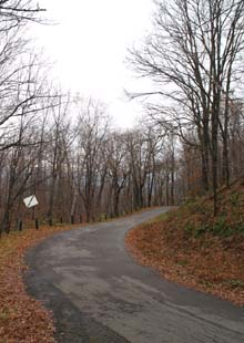 The auto road at Weeks State Park (photo by Webmaster)