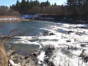 Base of Quechee Gorge (photo by Webmaster)