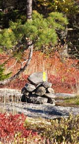 Cairn with paint blaze on Trail #2 (photo by Webmaster)