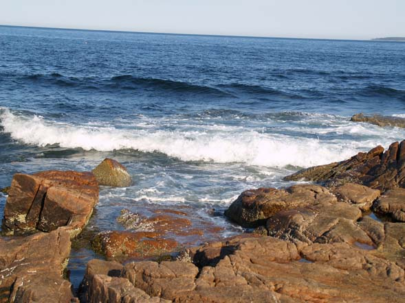 View of the ocean from the point (photo by Webmaster)