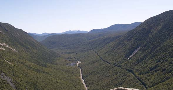 The view from Mount Willard's ledges showing the U-shape of Crawford Notch (photo by Webmaster)